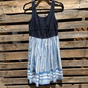LOFT Eyelet Fit & Flare Dress Size 2
